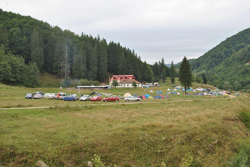 Masivul Piatra Craiului foto drumetii montane