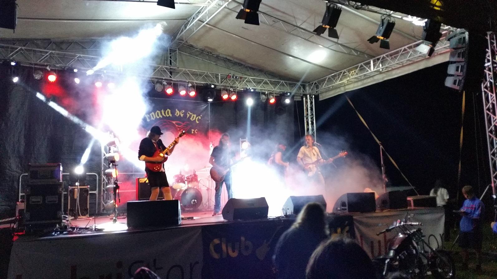 Rock la Foc 2016 - foto Pavaza Carpatilor 15