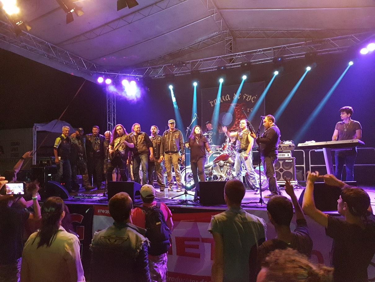 Concert - Roata de Foc 2017 foto Pavaza Carpatilor 29